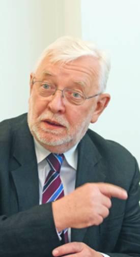 Profesor Jerzy Stępień, były prezes Trybunału Konstytucyjnego