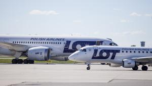 Samoloty należące do PLL LOT na warszawskim lotnisku Okęcie. 12.06.2013