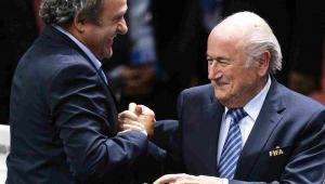 Joseph Blatter i Michel Platini Fot.  EPA/WALTER BIERI