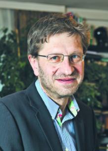 """dr Aleksander Nelicki, ekspert od finansów komunalnych, współautor """"Raportu o stanie samorządności"""""""