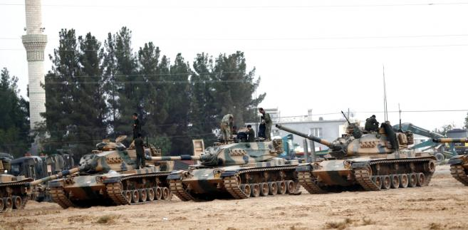 Tureccy żołnierze przy syryjskiej granicy