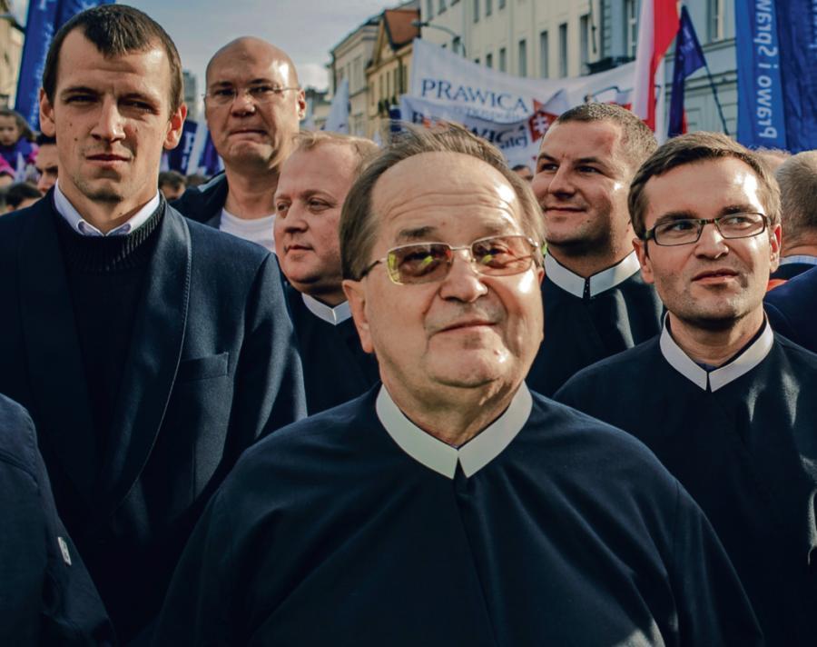 Uczelnia o. Tadeusza Rydzyka ma jeden z najniższych odsetków bezrobotnych osób, które ją ukończyły – taką informację podaje Wojewódzki Urząd Pracy w Toruniu