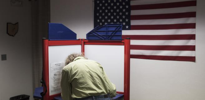 Punkt wyborczy w Athens, Ohio, USA