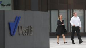 Głowna kwatera regionalnego banku WestLB w Duesseldorfie. Fot. Bloomberg