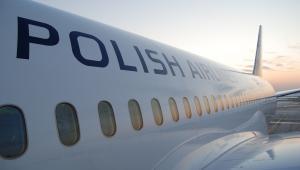 Samolot Boeing 787 Dreamliner w barwach PLL LOT. Problemy Dreamlinerów przyniosły duze straty i był jedną z przyczyn wystąpienia o pomoc przewoźnika. Fot. LOT