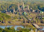 2. miejsce: Angkor Wat – największa, najważniejsza i najbardziej znana świątynia w kompleksie Angkor, położonym w prowincji Siem Reap w Kambodży. Świątynia Angkor została zbudowana przez Surjawarmana II (1113-1150 n.e.) ku czci hinduskiego bóstwa Wisznu, z którym, jako władca-bóg, król ten się identyfikował.