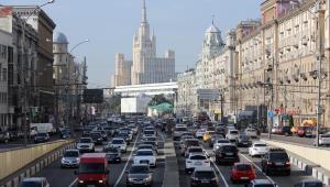 Jedna z Siedmiu Sióstr Stalina w Mokswie, 13.09.2013