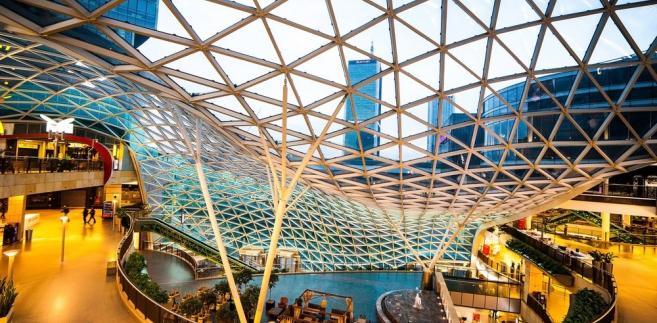 Galeria handlowa Fot. In Green / Shutterstock.com