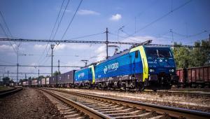 PKP pociąg z kontenerami
