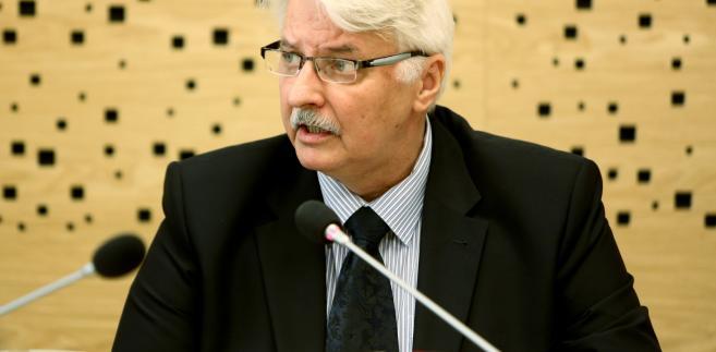Witold Waszczykowski przedstawia informację na temat prawno-politycznych implikacji wyniku referendum w Wielkiej Brytanii