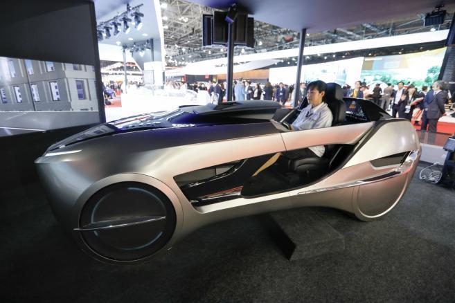 Mitsubishi Electric Corp. prezentuje autonomiczny pojazd EMIRAI 4