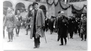Prezydent Stanisław Wojciechowski na Wawelu, Kraków 1925 r. fot. NAC