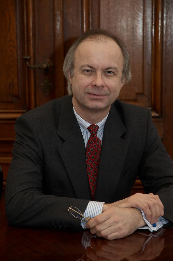Peter Szopo, szef działu equity research w Sal.Oppenheim jr & Cie,  austriackim banku dla zamożnych klientów