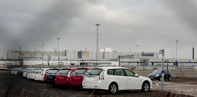 Nowe auta marki Saab na parkingu fabrycznym koncernu Saab Automobile w Trollhaettan w Szwecji fot: Erik Abel/Bloomberg
