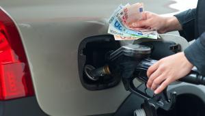 paliwo, benzyna, pieniądze